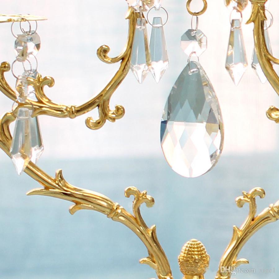 Estilo europeu, Romântico à luz de velas jantar candelabro decoração / candelabro 5 luzes castiçais na cor do ouro