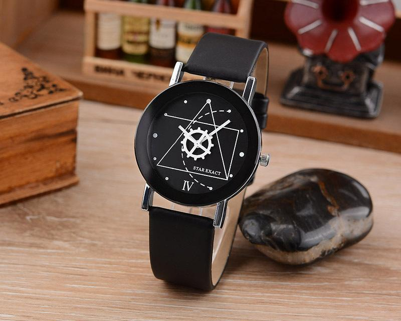 New Creative Cartoon Watches Famous helical Gear Casual Quartz Watch Leather Couple Women Men Clock Relojes Mujer