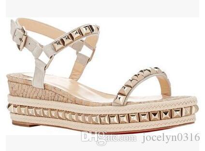 Nuevo diseño Mujer remache Sandalias hebilla correa Zapatos sandalias planas gruesas plataforma talón Zapatos Majur