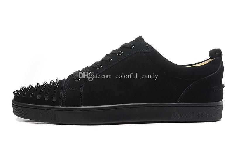 2017 Марка мужчины кроссовки Шипы Красное дно плоские Повседневная обувь мужчины Низкий топ красная подошва шипованные черные шпильки заклепки мужская Повседневная обувь