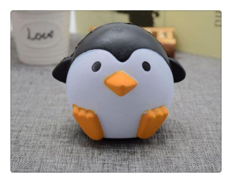 Kawai Squishy pinguini antartici Jumbo Squishy Ciondolo lento in aumento Cinghie cellulare Charms Queeze Giocattoli bambini Cute squishies Pane