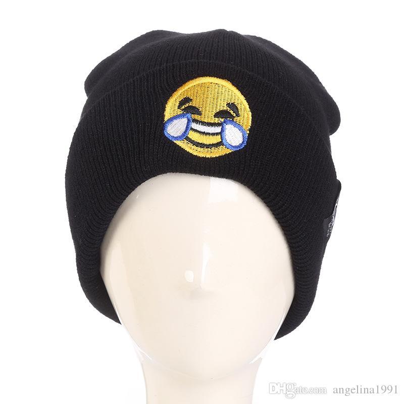 UMA ORELHA Patch Smile Face Wool Hats Woman Letter Pendant Knittied brand Hats Male Autumn Winter Warm hip hop Skullies Beanies