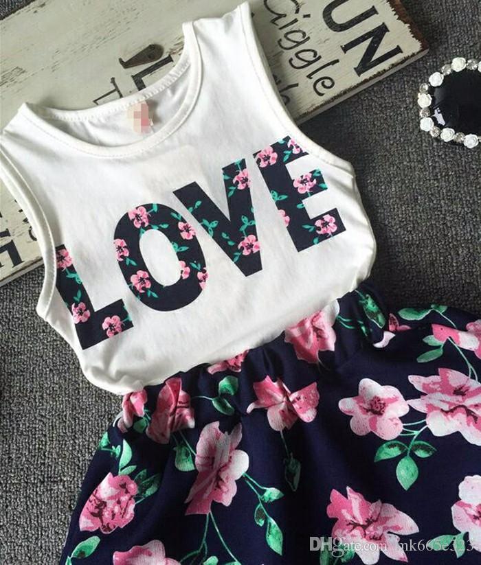 Bebek Kız Giysileri AŞK Tops + Çiçek etek 2 adet Pretty Çiçekli Pamuk Çocuklar Setleri 2018 Yaz Çocuk Kız giyim Seti