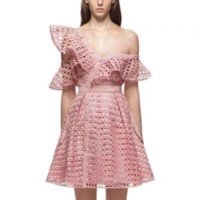 2017 Runway New Arrive Pink Women One Shoulder Ruffles Lace Dress  Self-portrait the Same Stlye Dress 2017 Women Dress One Shoulder Ruffles Lace  Dress ... 9d1027b9f2fb