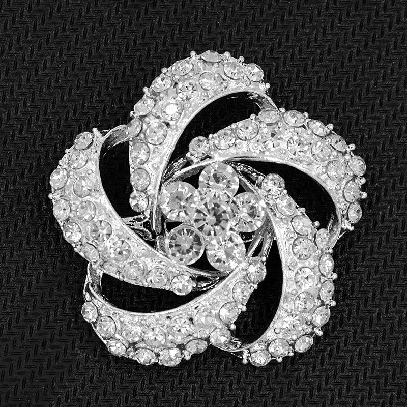 Aleación plateada de plata Cristal claro Mujeres Broche de la manera Broche clásico de la boda del estilo de la manera Broche elegante Señora Party Pins