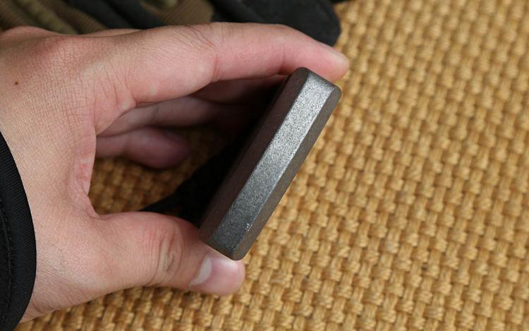 Andy Frankart DFK Double doigt Bague TC4 Titanium Self Defense Punch Daggers Boucle en plein air Survie Poche EDC Knuck Knuckles Multi outils