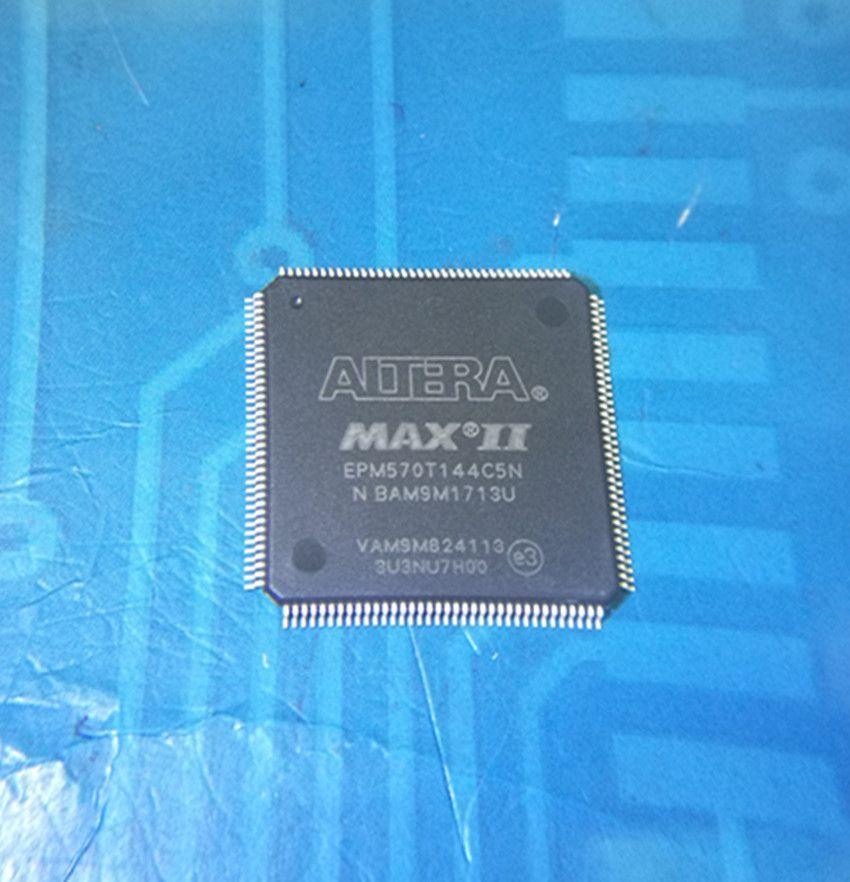 Retaili-spedizione gratuita EPM570T EPM570T144 EPM570T144C5N CPLD 440MC 5.4NS 144TQFP pacchetto parti elettroniche in magazzino nuovo e originale IC