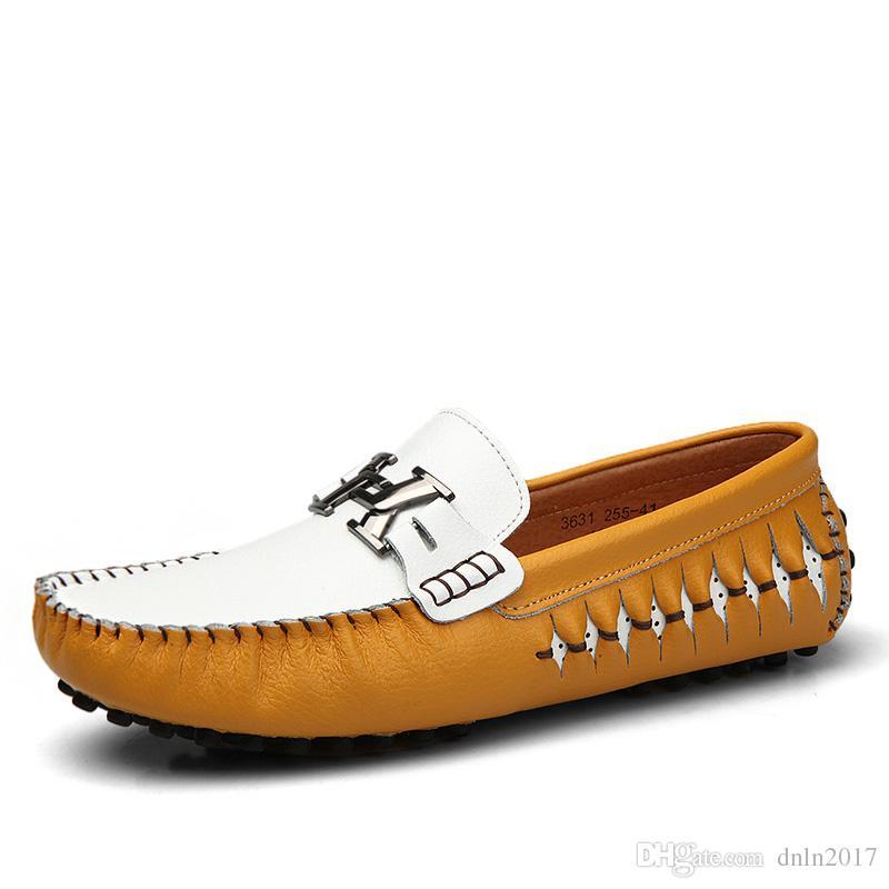 05a2e8b1de Scarpe da guida in pelle scamosciata al 100% autentiche da uomo, nuovi  mocassini antiscivolo su scarpe fatte a mano, mocassini con logo design per  ...