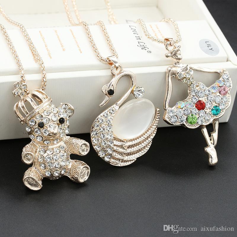 2017 Novo Design Longo Cristal Pequeno Urso Pingente de Colar Para As Mulheres Declaração de Personalidade Colar de Pingente de Jóias Na Moda