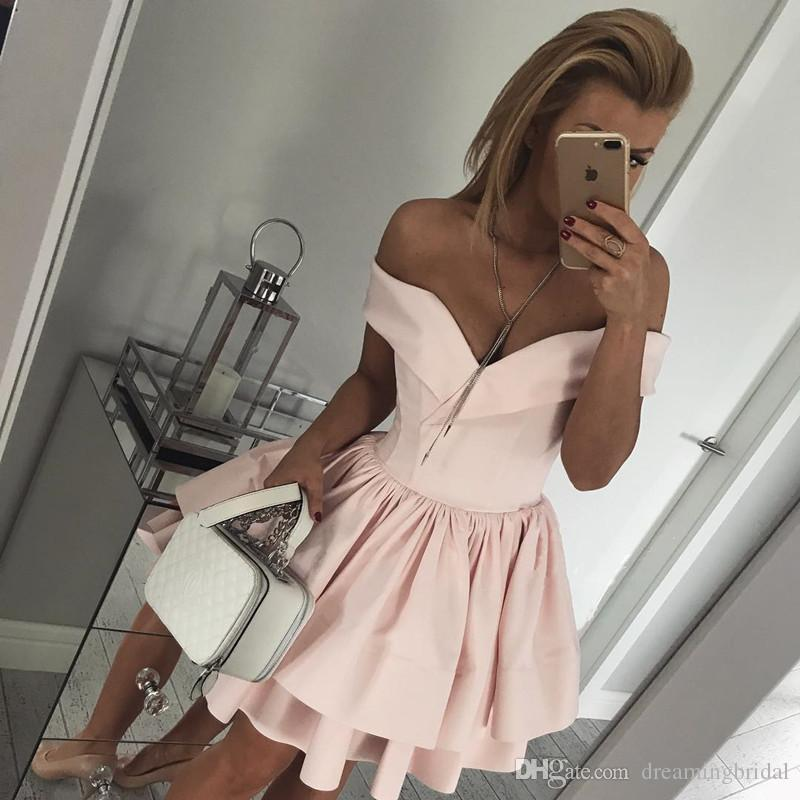 2017 New Homecoming Dresses Cocktail Dresses Off The Shoulder Sweetheart Neck Tired Short Formal Prom Party Gown Dresses Custom Made