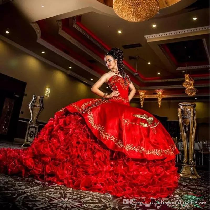 2017 Sexy Sweetheart Red Embroidery Ball Gown Quinceanera Dresses Satin Lace Up Floor Length Vestido De Festa Sweet 16 Dress BM86