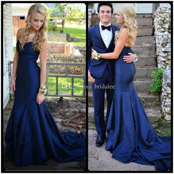 Vestido de tafetan azul