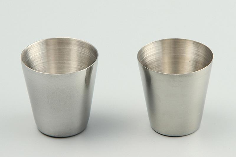 Bicchiere da 30 ml Bicchieri in acciaio inossidabile Bicchieri Bicchieri Vino Birra Bicchieri da whisky Tazza da viaggio all'aperto epacket gratis