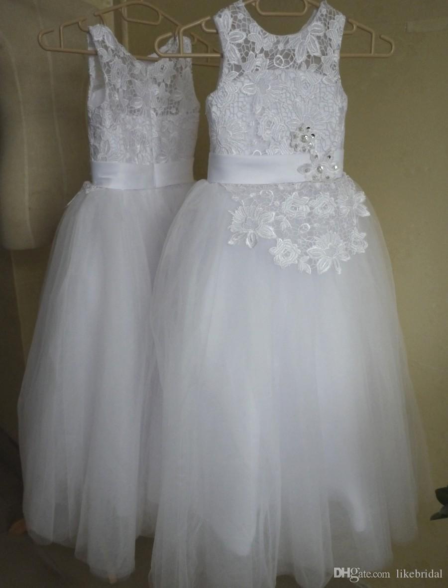 White Tulle Flower Girls Dresses Flowers Lace 2019 Floor Length Child Dress Scoop Neck Daughter Formal Wear Girls Dresses