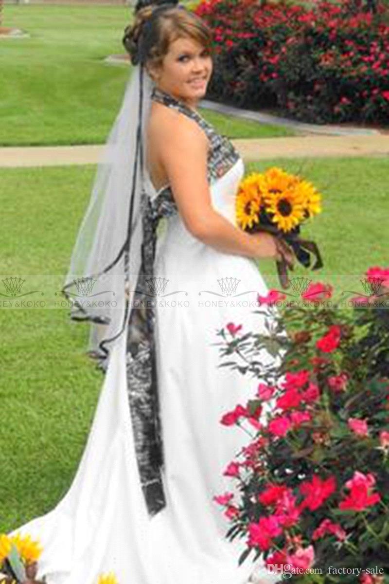 Abiti da sposa Spring Camo New Fashion White Halter Piano Lunghezza Backless Garden Plus Size informale Beach Abiti da sposa BO7571