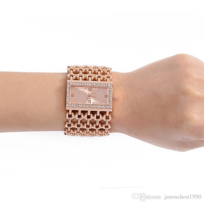新しい到着時間限定ビッグセールス女性高級ゴールドファッションクリスタルラインストーンブレスレット女性ドレスウォッチレディースクォーツ腕時計