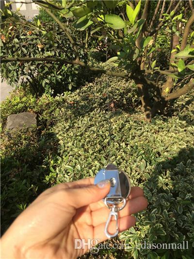 주요 휴대용 금속 개폐식 키 체인 키 릴 배지 홀더와 스테인레스 케이블이있는 벨트 클립 B109Q