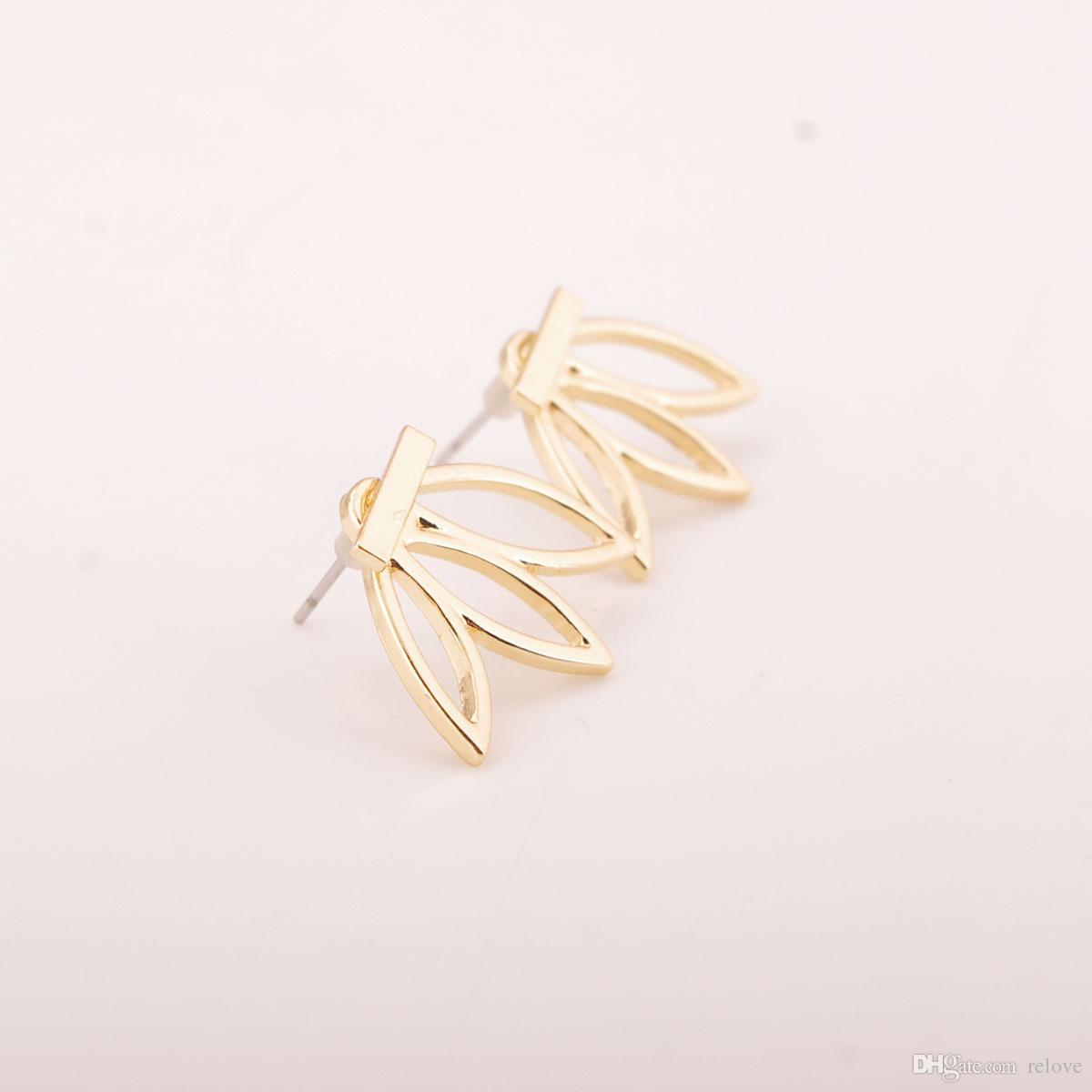 Toptan fiyat Hollow Out Lotus Çiçek Saplama Küpe Gümüş Altın Kaplama Küpe Kadınlar Lady Parti Moda Güzel Takı