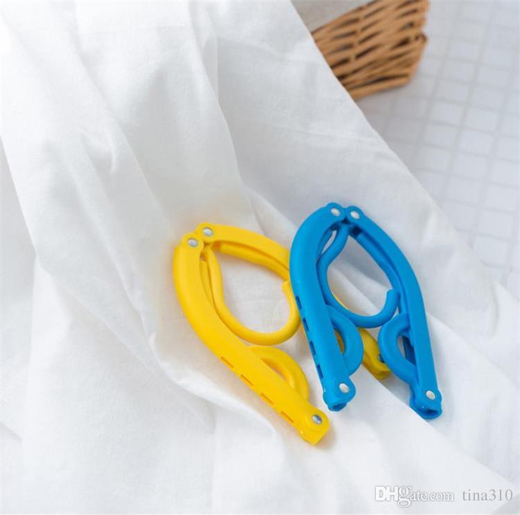 Plastic Folding Clothes Hanger The magic hanger for Travel Holder,Traveling Foldable Coat Hanger Clothes Rack IC513