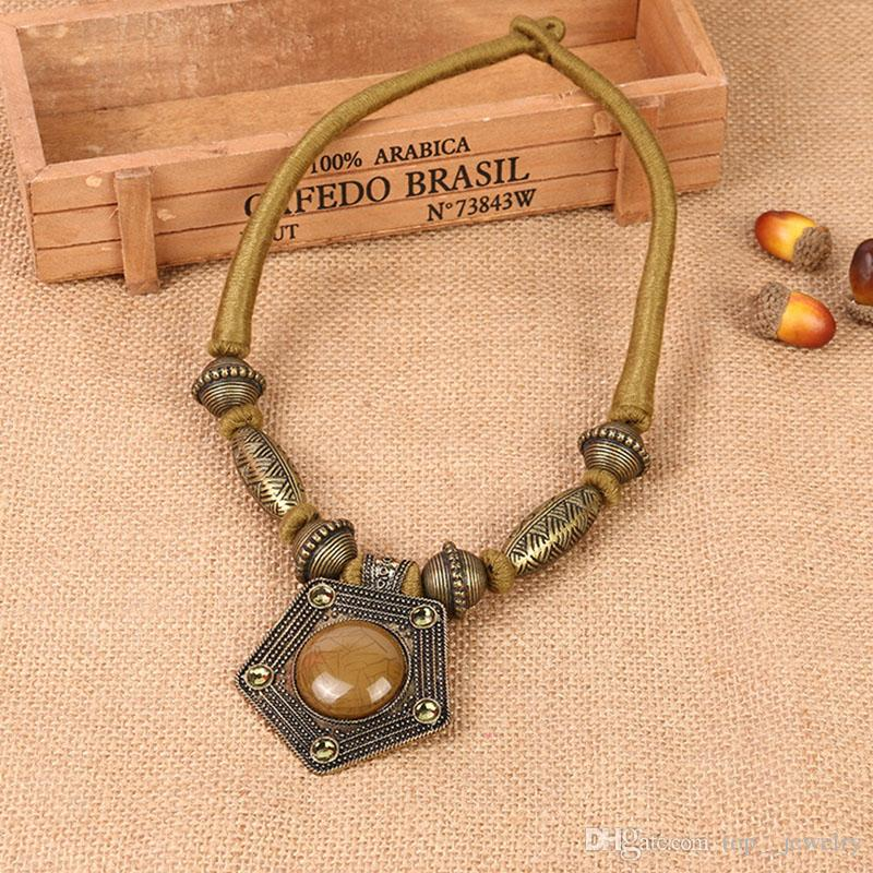 Los fabricantes de Europa y los Estados Unidos gran nueva moda popular simple aleación de oro collar de joyas de diamantes