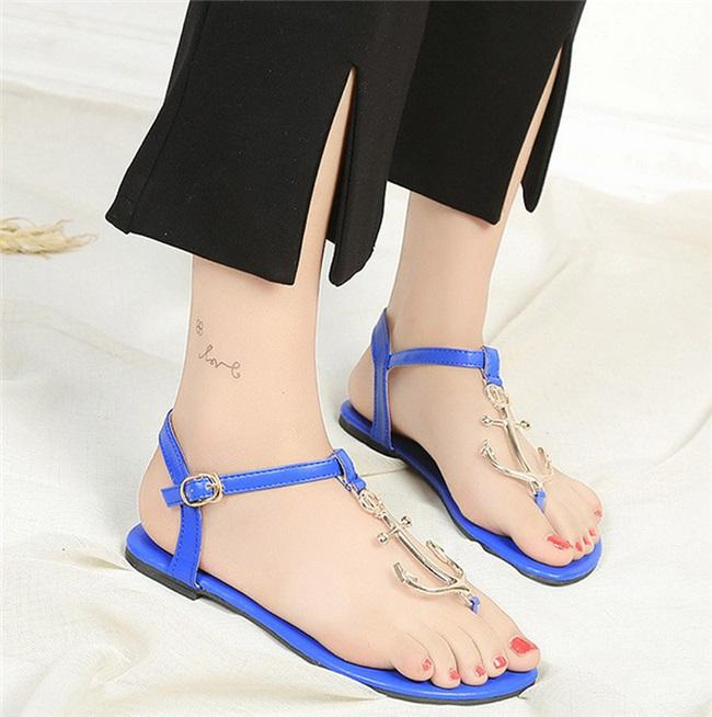 2017 Summer New Pirate Style Shoes T-tie Flip Flop Open-Toes Rubber Comfortable Flat Heel Women's Sandals