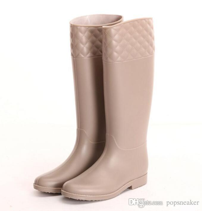 3fd31b7431a 2019 New Brand Knee High Women Rubber Tall Fashion Designer Rainboots  Wellies Rain Boot Water Shoes For Female Cheap Sale From Popsneaker