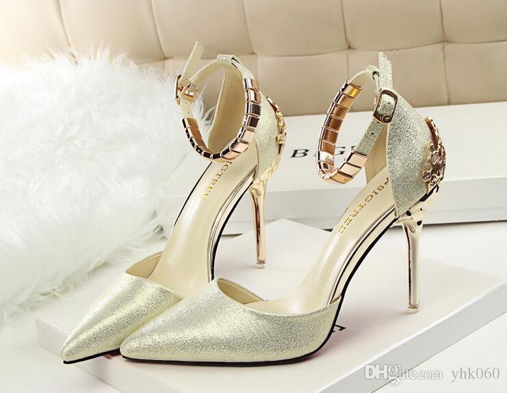 2017 yaz seks itiraz bölmek desenleri veya tasarımları aureate yüksek topuklu ayakkabılar sivri sığ ağız kelime toka ile ince ayakkabı oymak