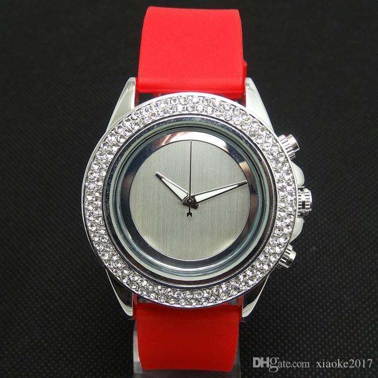luxury rhinestone wome fashion sports watches japan quartz men women silicone strap women tendy watches