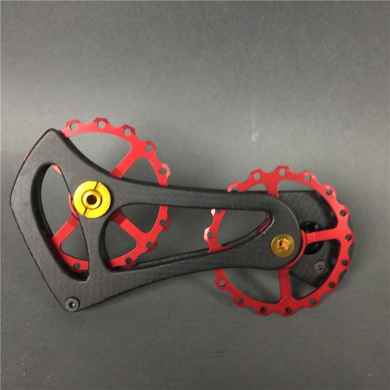 17 T Bisiklet Bisiklet Seramik Rulman Jokey Kasnak Tekerlek Seti Siyah / Kırmızı Shimano Ultegra için Karbon Fiber CNC Arka Değiştiriciler Kılavuzu / DURA ACE