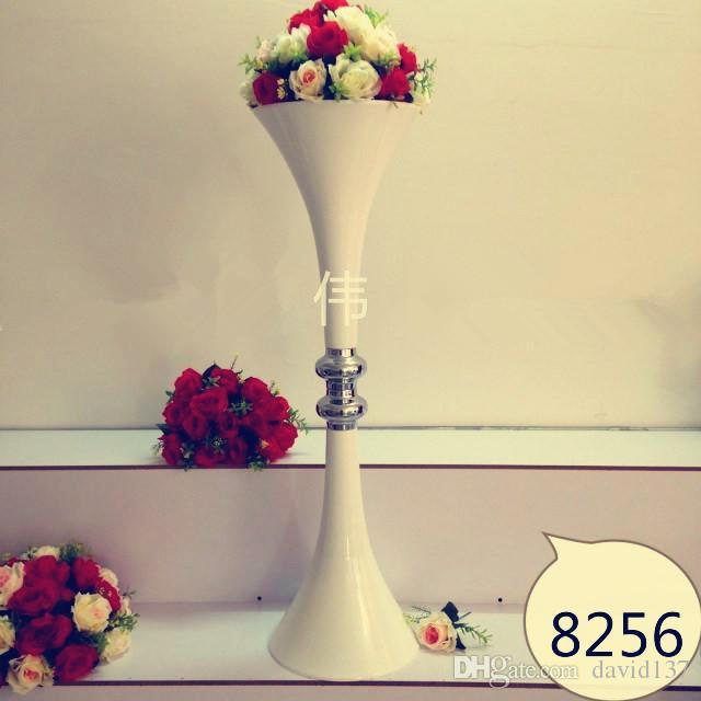 Центральные части вазы цветка украшения венчания умственные на таблица венчания 14