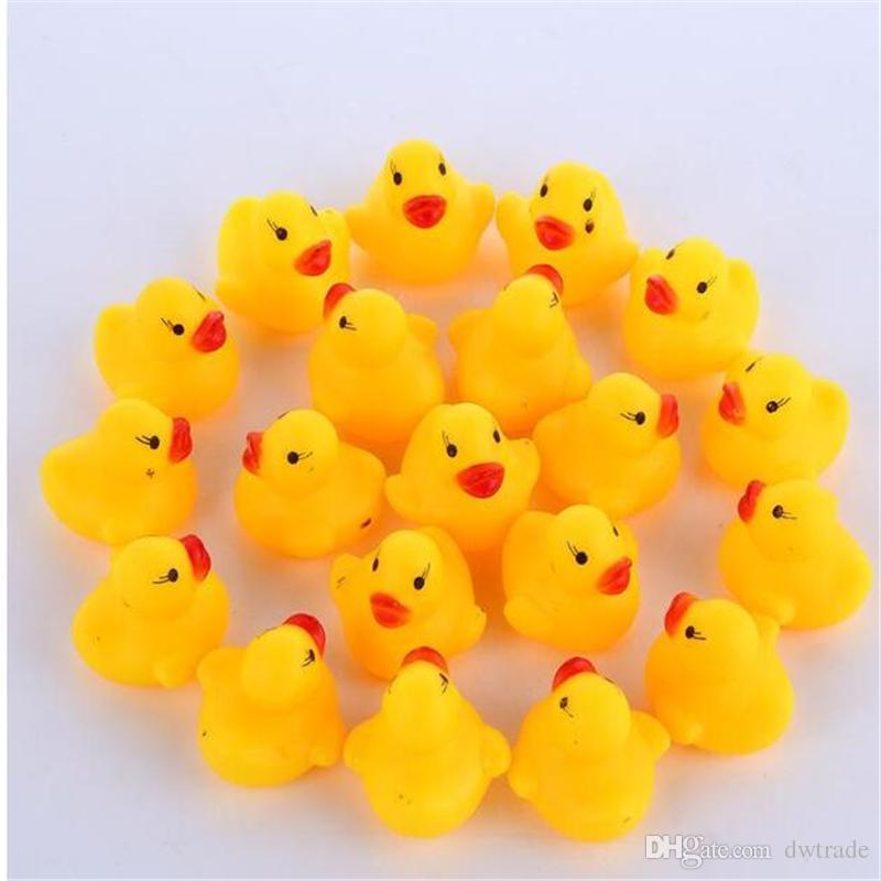 عالية الجودة الطفل حمام الماء بطة لعبة الأصوات البسيطة الأصفر المطاط البط حمام بطة صغيرة لعبة الأطفال السباحة هدايا الشاطئ