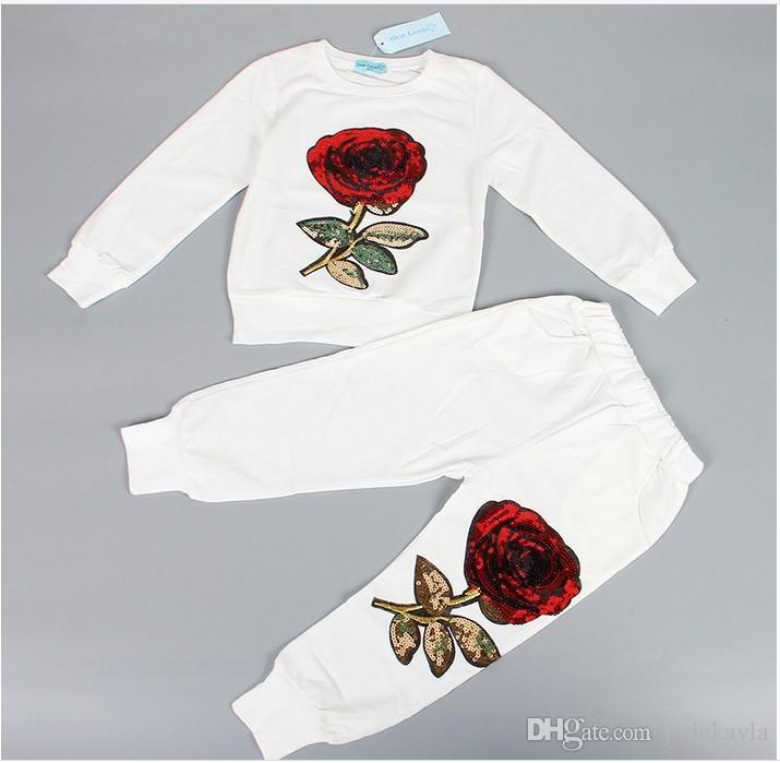 2017 Yeni Bahar Sonbahar Kız Eşofman Çocuk Gül Çiçek Işlemeli Rahat Setleri Çocuklar Spor Moda Kız T-shirt + Pantolon 2 adet Suits