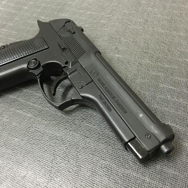 Large Metal Pistol 54 PKK Browning Military Model Gun Prop Metal Lighter Windproof 1: 1 Metal Revolver Type Gun Lighter.