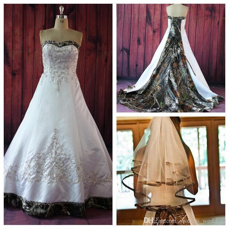 2019 Vintage A Line Camo Abiti da sposa con ricamo in rilievo Lace Up Court Train Plus Size Vintage Country Garden Abiti da sposa