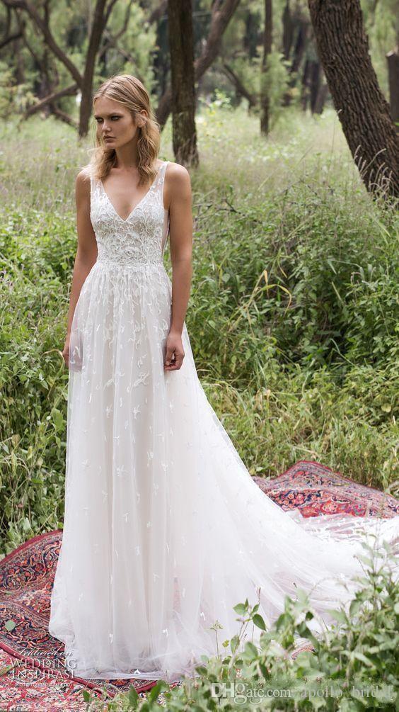Vestido De Noiva De 2020 Na Praia Uma Linha V Sem Mangas Varredura De Comboio Vestidos De Noiva Rendas Tulle Appliqued Backless