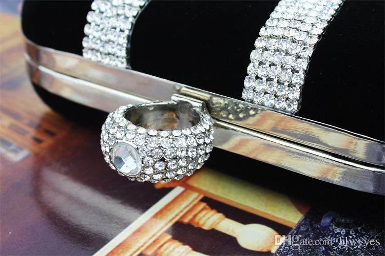 Top vendendo Moda Feminina Diamante Em Forma de Diamante Anel de Veludo Saco de Noite de Luxo Dedo Clutch Purse Wedding Party Bag Com Cadeia