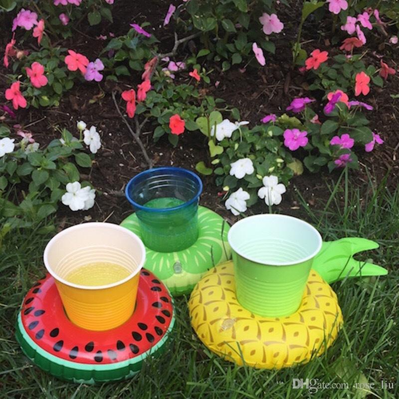 Ananas gonfiabile Flamingo Drink Holder Swan Cup Holder Bagno di nuoto all'aperto Giocattoli bambini Decorazioni galleggianti il mare XT