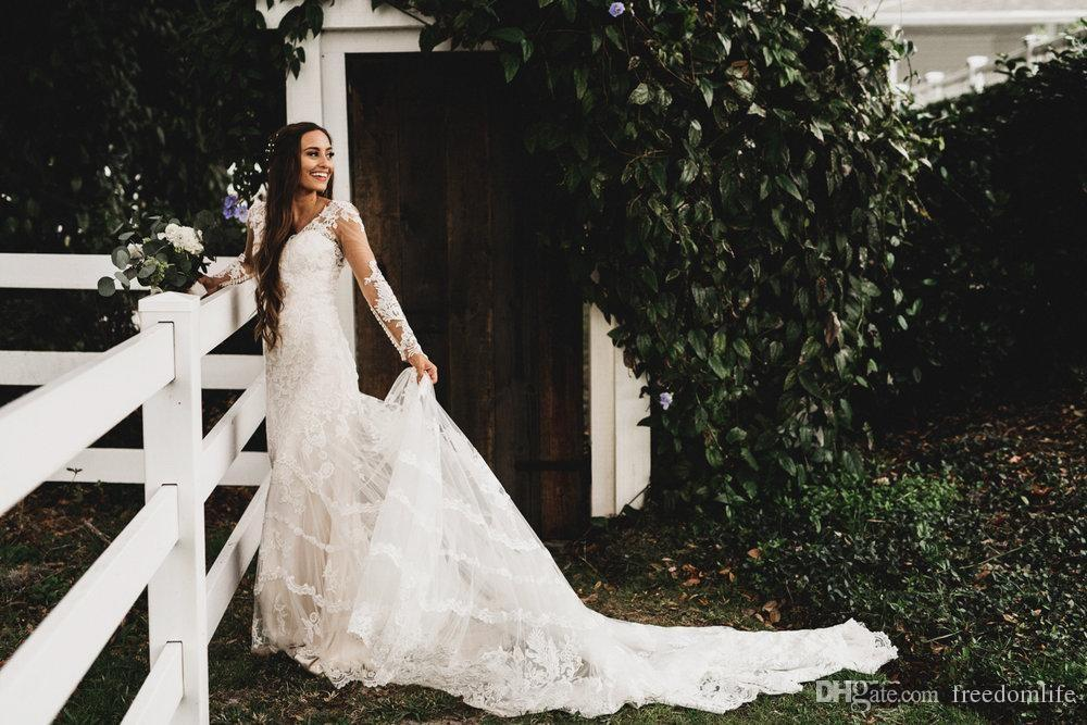 2017 Spring Summer Country Style Wedding Dresses Lace Sheer Long Sleeves Open Back Beach Bridal Gowns for Garden