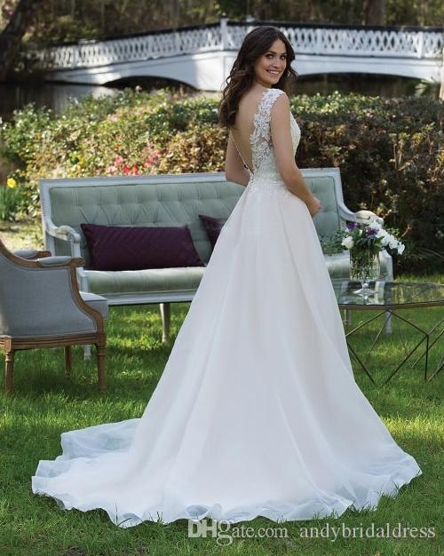 País Sexy Una línea Vestidos de novia Vestido de novia barato Correas dobles Falda de organza Vestidos de boda con espalda baja