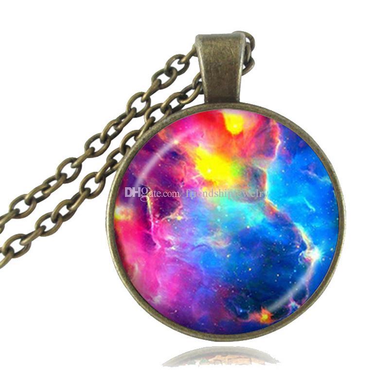 Rainbow Nebulosa Collar Colorido Galaxia Colgante Espacio Joyería Universo Collar Astronomía Joyería Cadena larga Cabujón de cristal Sin cuello Mujeres
