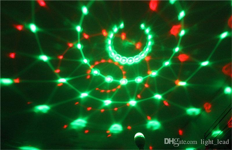 Luci laser natalizie E27 RGB LED Lampadina bluetooth colorato musica luci dell'altoparlante Home Stage Energy Saving