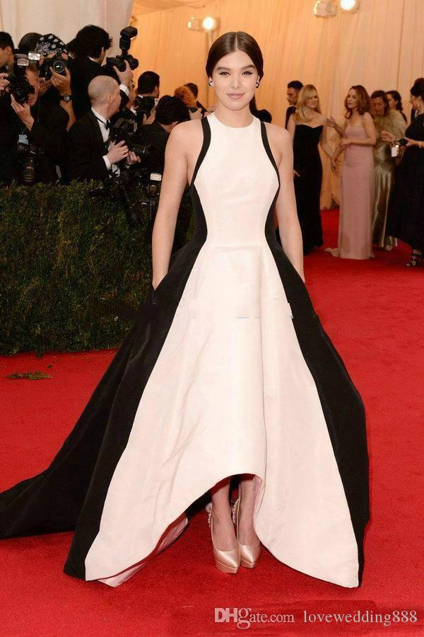 2018 Red Carpet Dresses White And Black Evening Dresses Satin A Line