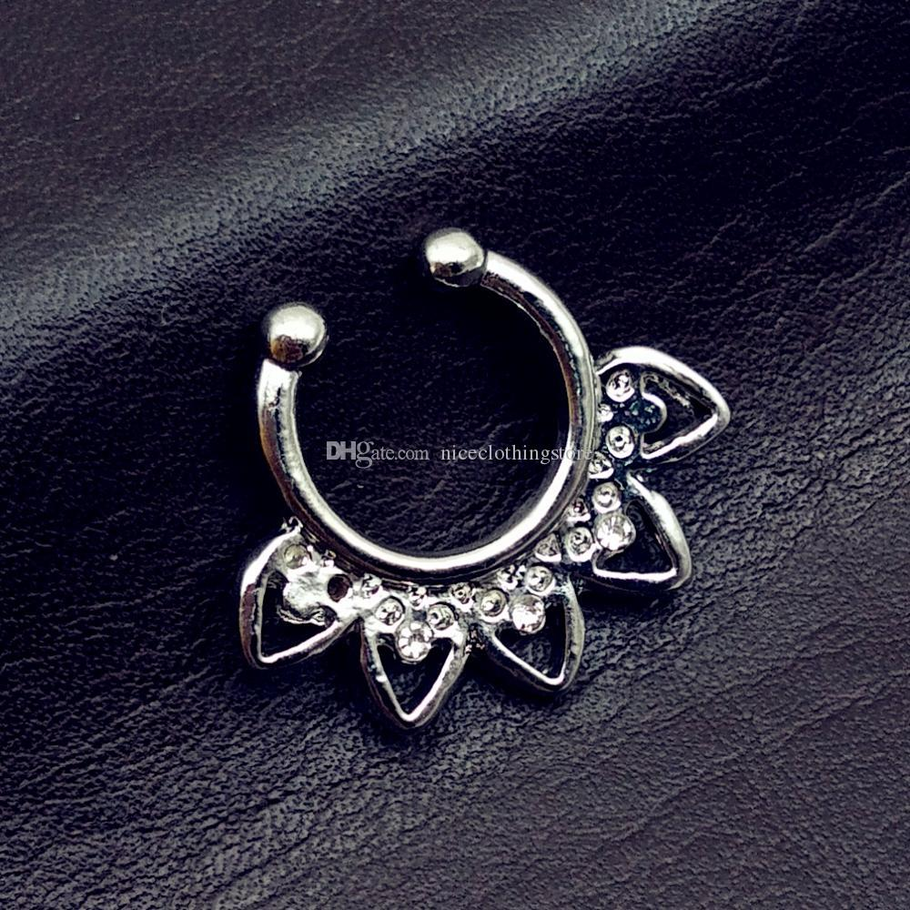 Hot sale crystal fake septum nose ring piercing clip on body piercing jewelry faux hoop nose rings for women