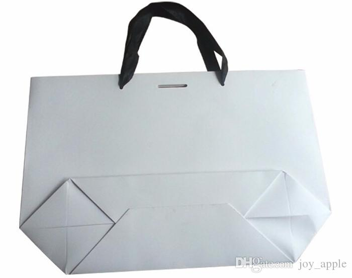 White Color No Printing Paper Gift Packing Bag In Stock 3 Days Delivery Can Print LOGO