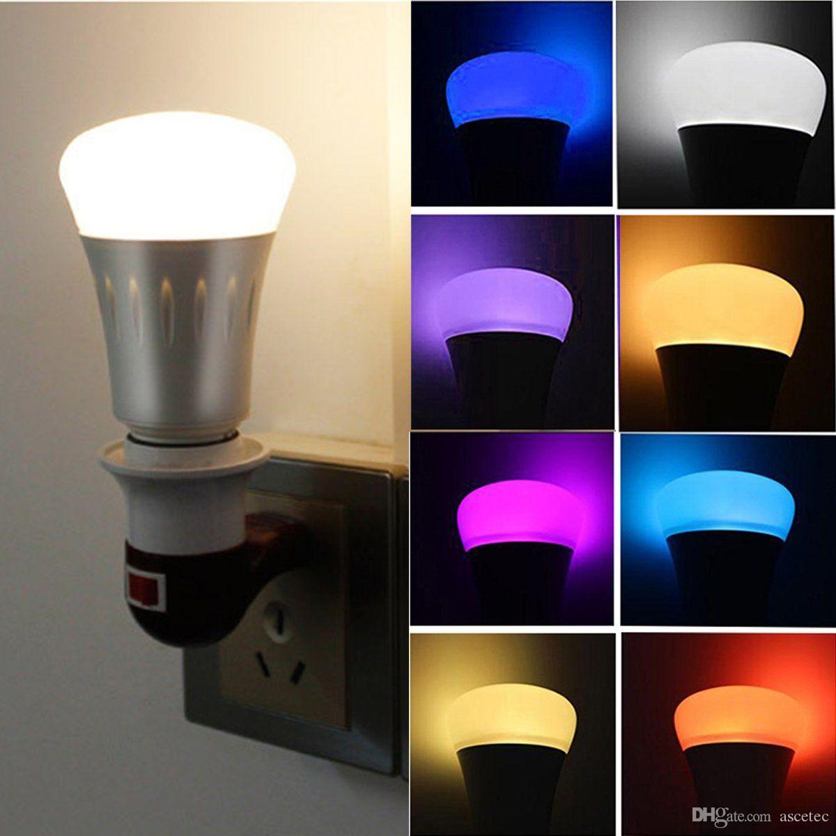 Smart LED Light Alexa Bulb Wi-Fi Regulable RGBW Cambio de color Luces de fiesta La bombilla funciona con Echo Alexa