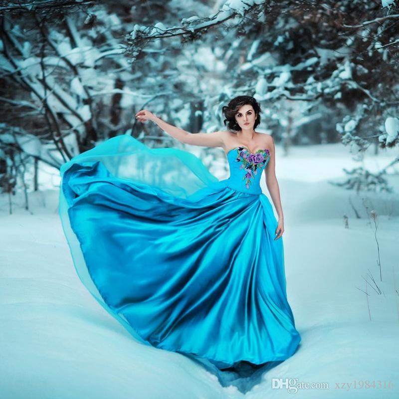 かわいい刺繍ロングウエディングドレスエレガントな恋人ネックノースリーブフォーマルパーティードレスファッションビンテージスタイルの有名人イブニングドレス
