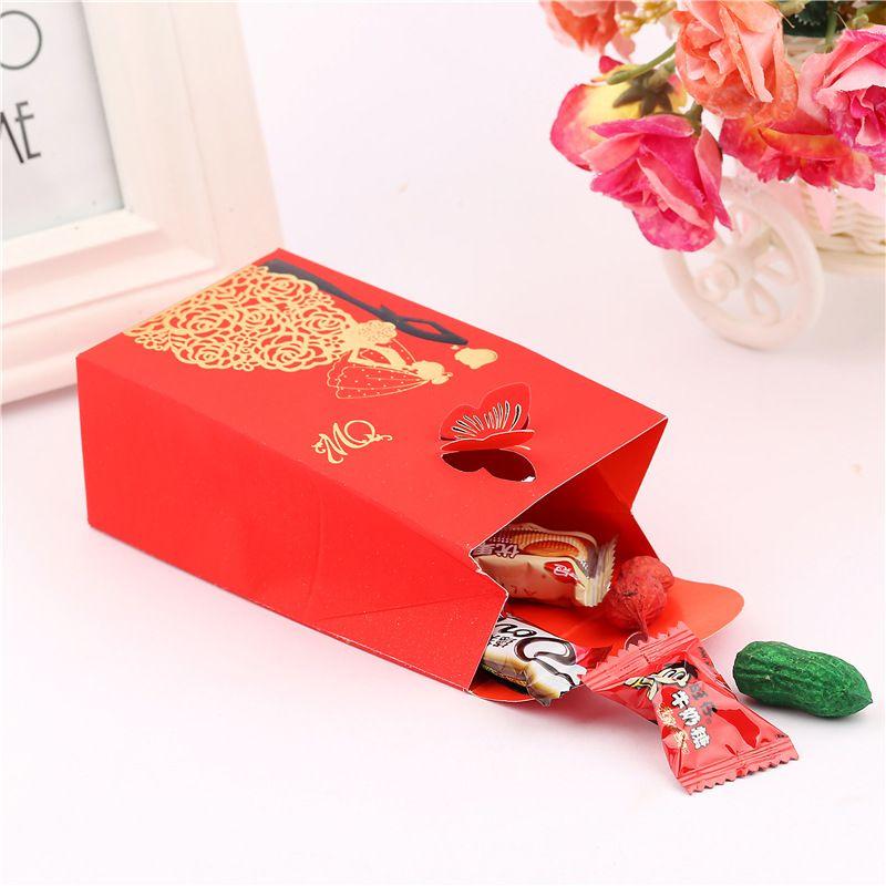 50 adet Şeker Iyilik Kutuları Kırmızı Dikdörtgen Düğün Malzemeleri Mariage Dekorasyon için Favor Hediyeler Kağıt