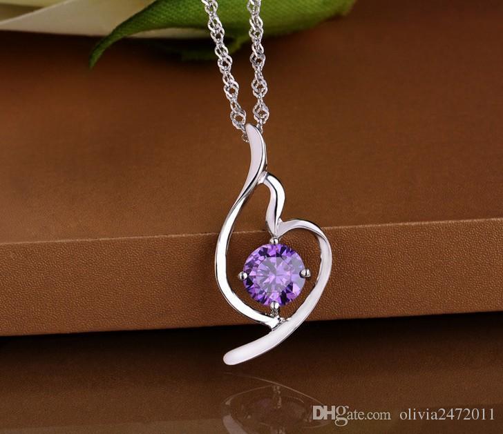 Högsta kvalitet Shining Crystal Heart Shape 925 Sterling Silver Vit Guldpläterande Kärlek Hjärta Hänge Halsband för Kvinnor Gåvor MG11