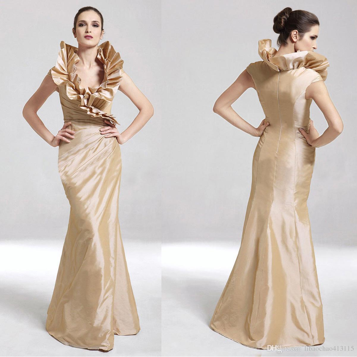 34b81a117 Compre 2018 Nuevo Diseñador Halter Champagne Una Línea Vestido De Fiesta  Vestido De Noche De Dama De Honor Popular Vestido De Fiesta Nupcial Fiesta  Vestido ...