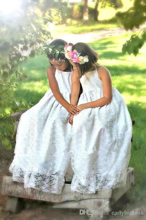 2018 New Cheap Halter Beach Boho Flower Girls Dresses For Weddings Full Lace Sleeveless Backless Floor Length First Communion Dress